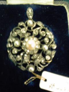 アンティックの宝石